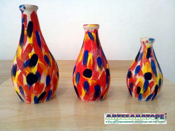 Conjunto de vasos em cer mica com pintura afro artesanatope - Microesferas ceramicas para pintura ...